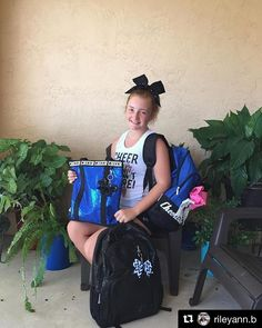 Chassé Bags Cheer Bags, Cheer Athletics, Travel Bags, Instagram Posts, Outfits, Fashion, Travel Handbags, Moda, Suits