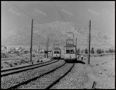 Το τραμ του Περάματος, στην διασταύρωση Σχιστού. Henry Miller, Public Transport, Athens, Old Photos, Railroad Tracks, Sailing, Greece, Boat, Explore