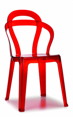EURO STYLE IHFC The Titi side chair is made from recyclable polycarbonate for indoor or outdoor use and has a transparent red or glossy white color. Metal Chairs, Side Chairs, Zebra Chair, Bar Restaurant Design, Cantilever Chair, Plexiglass, Chaise Bar, Italia, Farmhouse
