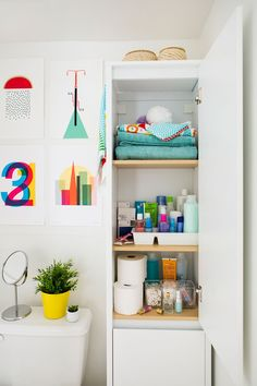 7 Tips to Make Your Bathroom Clutter-Free via Brit + Co