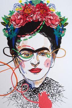 Платье с вышивкой Frida KATЯ DOBRЯKOVA - Katya Dobryakova – российский бренд, прославившийся благодаря одежде с принтами или с вышивкой в интернет-магазине модной дизайнерской и брендовой одежды