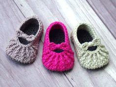 Crochet Patrón 210 demasiado lindo Mary Janes por TwoGirlsPatterns