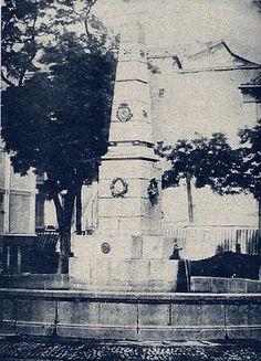 1864. Fuente de la plaza de Santa Ana. Fotografía de Alfonso Begué.   Flickr: Intercambio de fotos