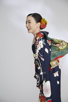 Kimono Japan, Actors & Actresses, Kimono Top, People, Vintage, Beautiful, Women, Style, Twitter