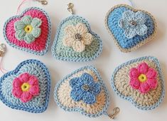 Lovely crochet hearts based on the pattern here: http://jose-crochet.blogspot.nl/2012/09/free-pattern-heart.html