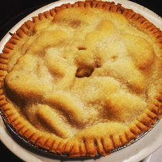 My famous apple pie. #apple #applepie #desert #pie #food #foodgasm #homemade #cookingmama #life #goal #hotstuff #familytime #familynight #family