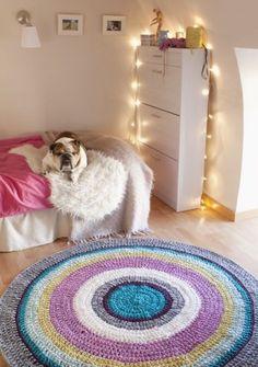 tapetes em croche azul roxo branco
