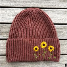 My happy hat! : Embroidery - My happy hat! - My happy hat! : Embroidery – My h My happy hat! : Embroidery - My happy hat! - My happy hat! : Embroidery – My happy hat! Hat Embroidery, Embroidery Patterns, Crochet Vintage, Knitted Hats, Crochet Hats, Crochet Braid, Creation Couture, Embroidered Clothes, Diy Clothes Embroidery