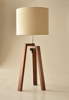 Discover recipes, home ideas, style inspiration and other ideas to try. Wood Pallet Crafts, Wood Lamps, Wooden Pendant Lighting, Wooden Lamp, Wooden Light, Contemporary Floor Lamps, Table Lamp Wood, Diy Lighting, Wood Desk Lamp