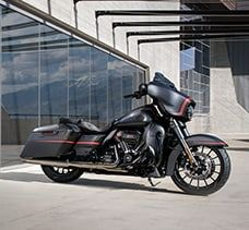 The Cvo Street Glide Is The Pinnacle Of Stripped Down Custom Touring And On Top Of That Street Glide Harley Harley Davidson Street Glide Street Glide Special
