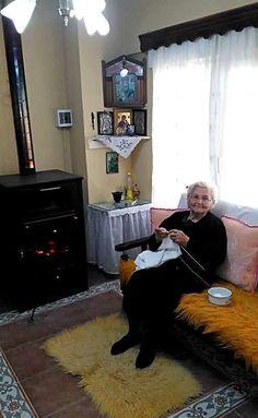 World Photo, Shag Rug, Rugs, Home Decor, Shaggy Rug, Farmhouse Rugs, Decoration Home, Room Decor, Blankets