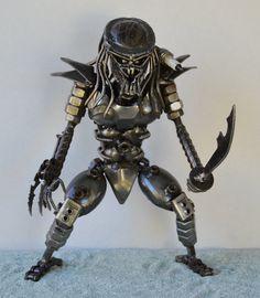PREDATOR 12 pulgadas con espada Scrap Metal por ScrapSculptures