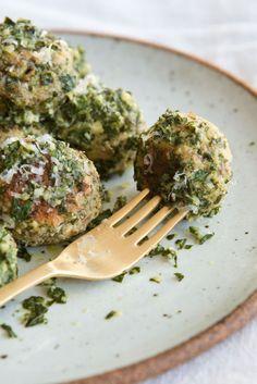 Sans ricotta, sans parmesan et sans graines de fenouil. Fait environ 9 boulettes (3 repas).