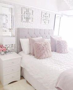 44 exquisitely admirable modern french bedroom ideas to steal 30 Bedroom Apartment, Home Bedroom, Girls Bedroom, Master Bedroom, Bedroom Furniture, Trendy Bedroom, Neutral Bedrooms, Modern Bedroom, Lilac Bedroom