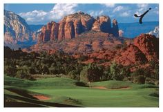 Seven Canyons Golf Club is on our bucket list. Check out that view! ⛳️ #golfcourse #bucketlist #lacdgolf #poweringperformance