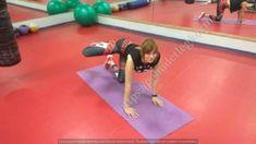 Простые и эффективные упражнения делайте по фото с нашим фитнес-тренером. Ваши ноги и бедра через месяц станут идеальными.