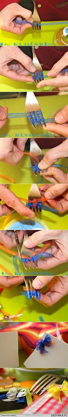 利用汤勺做迷你蝴蝶结2.——更多有趣内容,请关注 ()