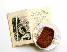 Food in fiction: Island of Adventure by Enid Blyton and Ginger Cake