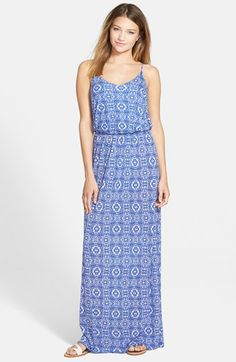 Loose maxi dress, cinched at waist, sandals, affordable, (but bad print)