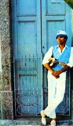 Paulinho da Viola. A elegância do samba!