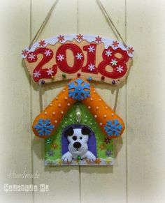Надежда Холодкова Diy Christmas Ornaments, Felt Ornaments, Christmas Projects, Holiday Crafts, Christmas Holidays, Holiday Decor, Dog Crafts, Animal Crafts, Felt Crafts