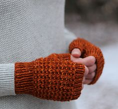 Dandiliongrl and I are having a holiday sale! off all self-published patterns with the code: holidays Crochet Gloves, Knit Mittens, Mitten Gloves, Knit Crochet, Pony Hairstyles, Holiday Sales, Knitting Projects, Arm Warmers, Make It Simple