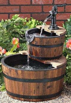 Creative Ways Of Using Barrels In Home Decor! Fountain