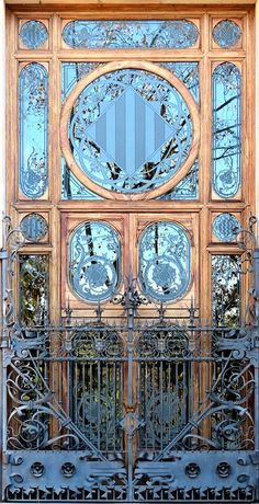 68 New Ideas Art Nouveau House Architecture Entrance Art Nouveau Architecture, Beautiful Architecture, Beautiful Buildings, Art And Architecture, Architecture Details, Ancient Architecture, Sustainable Architecture, Art Deco, Art Nouveau Design