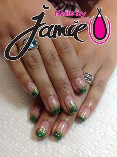 Go Ducks Green & Yellow Gel Nails by Jamie Duffield Eugene, Oregon