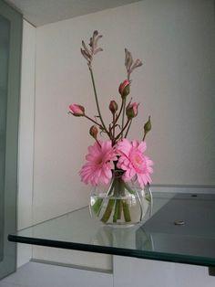 Sweet rose...! Flower arrangement