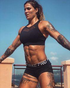 Crossfit Girls, Model Training, Fitness Models, Fitness Women, Modelos Fitness, Ripped Girls, Fitness Inspiration Body, Muscular Women, Muscle Girls