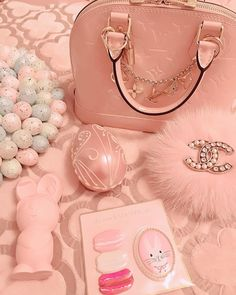 Image may contain: 2 people Bags Online Shopping, Online Bags, Shopping Hacks, Imagenes Color Pastel, Peach Aesthetic, Princess Aesthetic, Pink Princess, Pink Wallpaper, Everything Pink