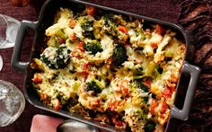 Slimming World's cheesy broccoli bake