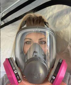 Gas Mask Girl, Gas Masks, Respirator Mask, Scuba Diving, Pandora, My Favorite Things, Girls, Beauty, Mascaras