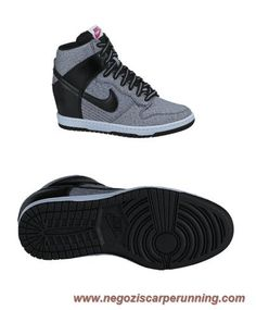 the best attitude c48a9 4f76a Donna 889956-899 Nero Gray Nike Dunk SB Sky Hi scarpe da calcetto migliori  All