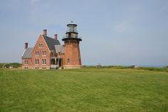 Block Island Southeast Light, Rhode Island (photo by Elizabeth Purcell)