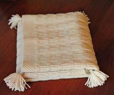 layette couverture de berceau ou landau en laine mrinos neuf tricote main