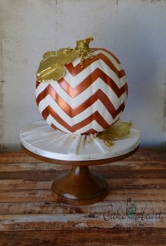 This darling cake by Cake Heart is a perfect center piece for any fall gathering and looks right at home on a 12 inch Natural Beauty cake stand. Wooden Wedding Cake Stand, Wood Wedding Cakes, Wedding Cake Stands, Cake Heart, Chevron Cakes, Cake And Cupcake Stand, Ice Cake, Single Layer Cakes, Wood Cake