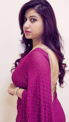 Saree Look, Indian Beauty Saree, Saree Blouse Designs, Beautiful Saree, Indian Girls, Backless, Glamour, Womens Fashion, Kinky