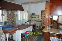 A takhle vypadá kuchyně ve starém hotelu na Šumavě