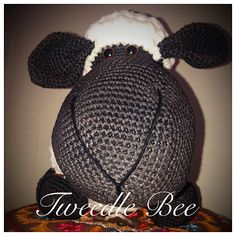 Tweedle Bee | South Africa | Hand Made Crochet Products and Art Mural Painting, Custom Paint, Crochet Baby, Handmade Gifts, Beautiful, Products, Art, Handcrafted Gifts, Kunst