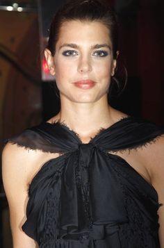 Charlotte                                                                                                                                                     Más