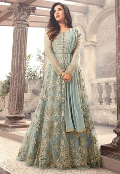 Looking to buy Anarkali online? ✓ Buy the latest designer Anarkali suits at Lashkaraa, with a variety of long Anarkali suits, party wear & Anarkali dresses! Costumes Anarkali, Anarkali Gown, Long Anarkali, Floor Length Anarkali, Indian Anarkali, Indian Salwar Kameez, Eid Dresses, Pakistani Bridal Dresses, Bridal Anarkali Suits