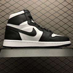 ea96b1ecd31386 Air Jordan 1 Retro High OG Black White 555088-010 Men s Basketball Shoes  Sneakers New