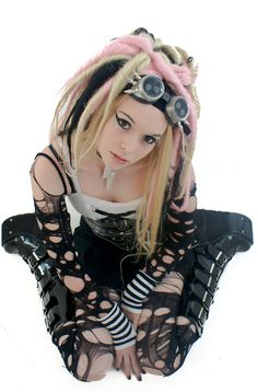 Cyber Goth Girl 1 by jacqueinabox on deviantART