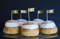 Semlor - Swedish Fat Tuesday Buns ⎜ On a Sweet Sugar Rush