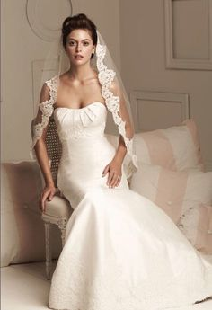 Paloma Blanca collections are featured in major bridal publications worldwide and at various internet wedding planning sites.Paloma Blanca has been servicing Spanish Wedding Veils, Spanish Veil, Spanish Style Weddings, Wedding Gowns, Wedding Hair, Dream Wedding, Bridal Gown, Mexican Weddings, Lace Wedding