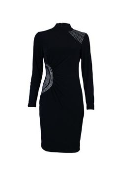 Love to have this wonderful dress!