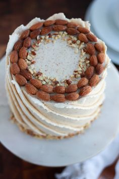 Cannoli Cupcake, Sweet Bakery, White Cake Mixes, New Cake, Roasted Almonds, Almond Cakes, Cake Flavors, Cake Tutorial, Blondies