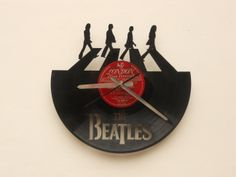 Reloj de Pared Calado en Disco de Vinilo / Laser Cutting Wall Vinyl Clock